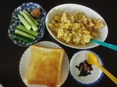 朝食 001.jpg
